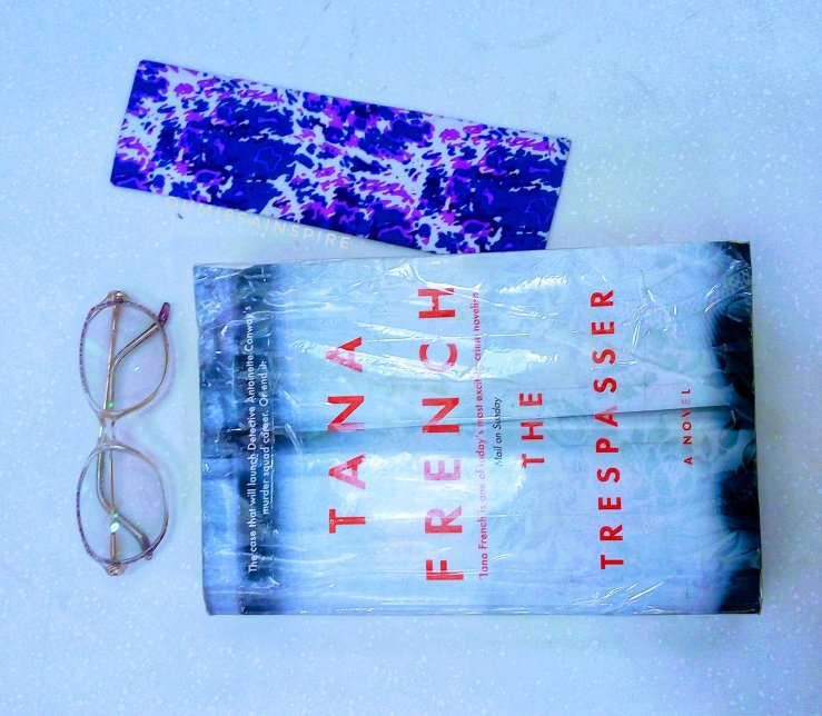 Tana French- The Trespasser , Flatlay book photo